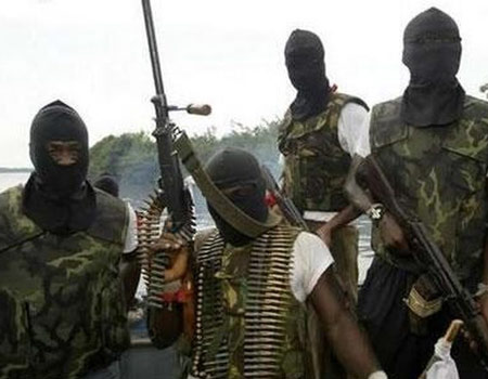 Niger Delta militants threaten to ground oil facilities, give IOCs 21-day ultimatum to evacuate workers