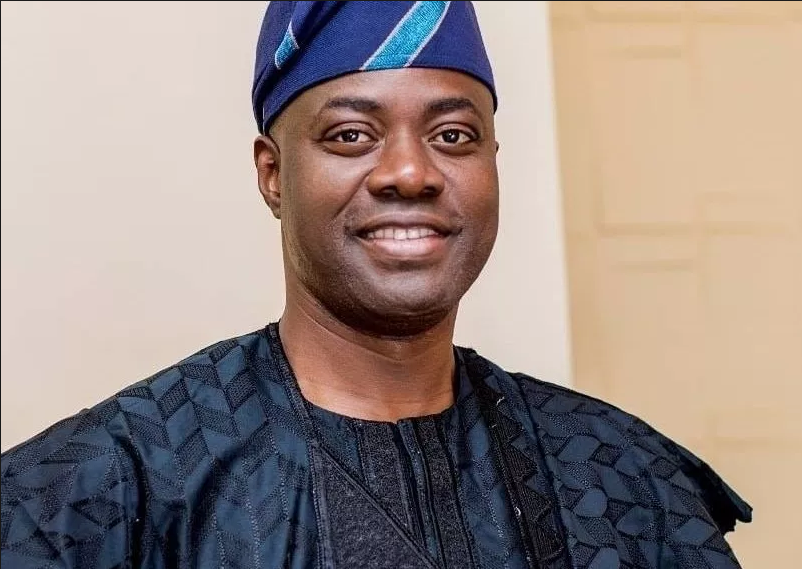 Akinola hosts iftar for S/West Muslims, rallies support for Makinde