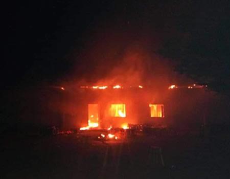 Fire razes 300 shops in Santana market in Benin