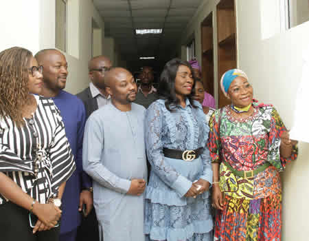 Caverton boss donates multi-million naira medical laboratory to Lagos State College of Medicine - NIGERIAN TRIBUNE