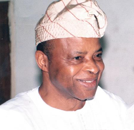 Akinrinade warns Buhari