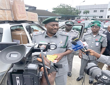 Customs accuses elites, MDAs of patronizing smuggled vehicles