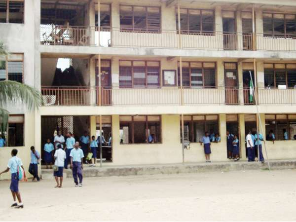 Don't reopen schools, Oyo asks students to resume