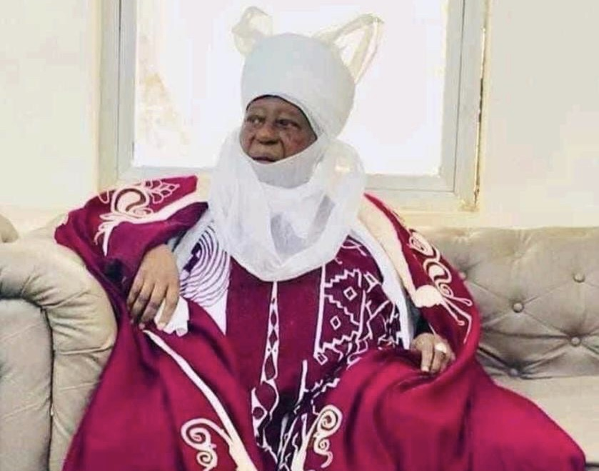 JUST IN: Emir of Zaria, Shehu Idris, dies at 84 | Tribune Online