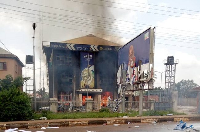 Angry youths attack, set inmates free, burn police station, Akeredolu campaign office in Ondo