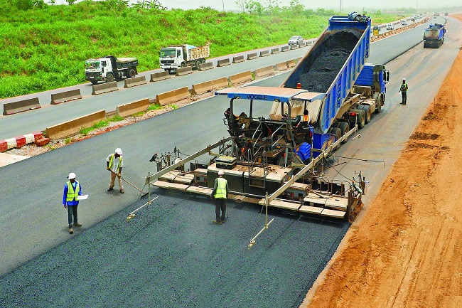 road diversion on Lagos–Shagamu expressway